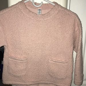 Old navy sweater 6/7